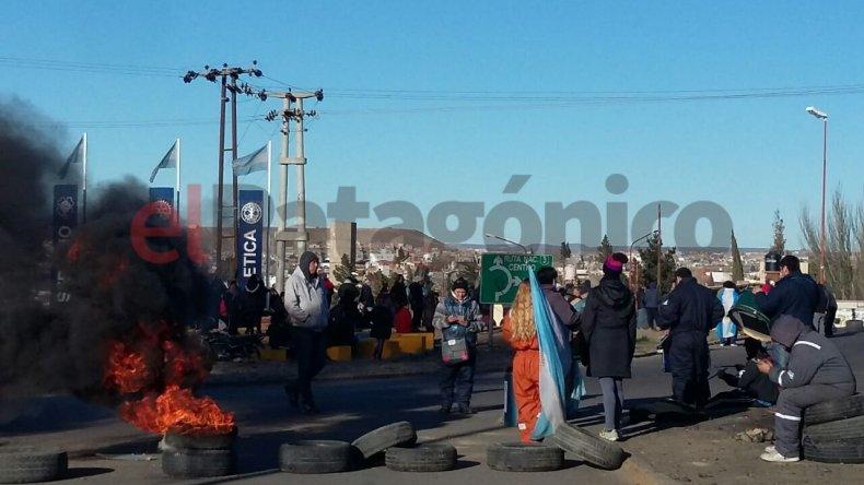 Municipales de Caleta decidirán en asamblea si vuelven a la ruta