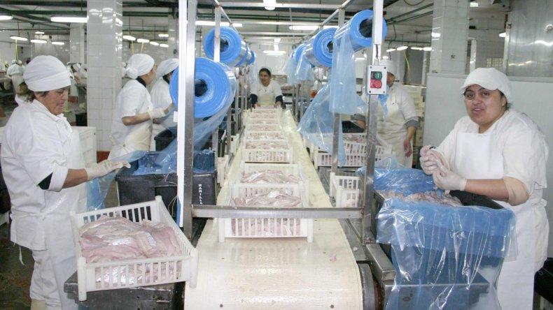 Cinco empresas pesqueras ya llegaron a un acuerdo salarial con el Sindicato de la Alimentación en Comodoro.