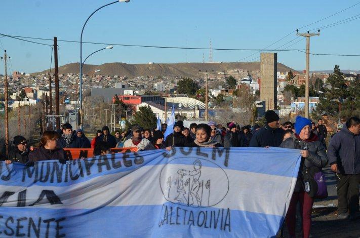 Municipales de Caleta Olivia se reunen en asamblea mañana a las 10.