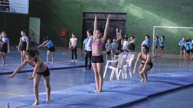 El encuentro tuvo lugar en el gimnasio municipal 3.