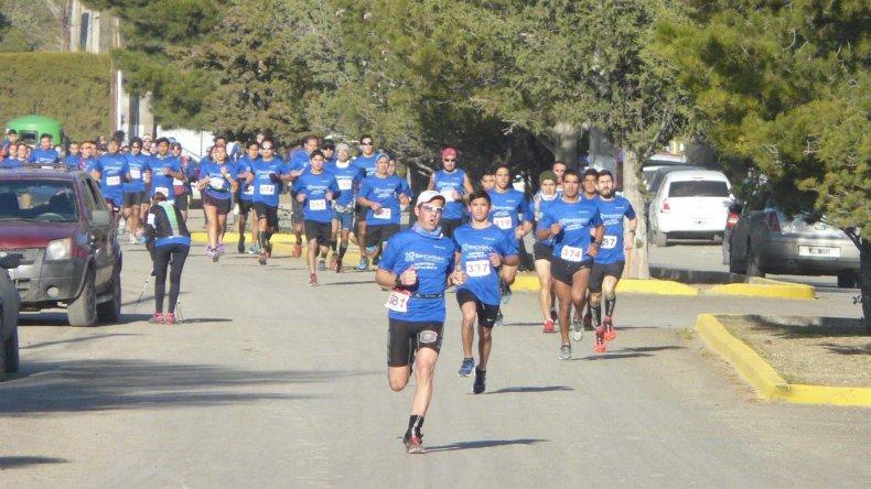 La quinta edición contó con la participación de más de 450 atletas de la zona patagónica.