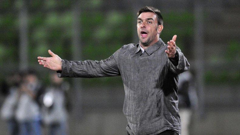 El DT Pablo Guede dio un paso al costado por diferencias futbolísticas con la dirigencia.