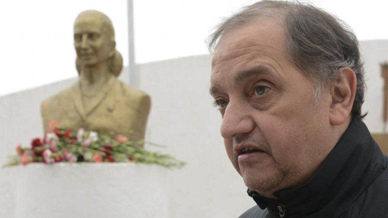 Carlos Linares afirma que está abocado de lleno a trabajar en su gestión como intendente.