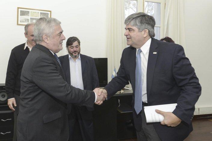 El gobernador Mario Das Neves recibió al titular de YPF