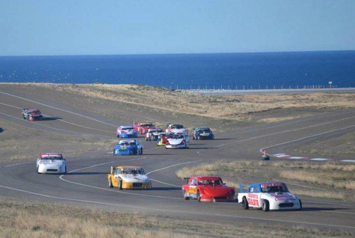 El automovilismo santacruceño llegará a fin de mes al autódromo General San Martín.