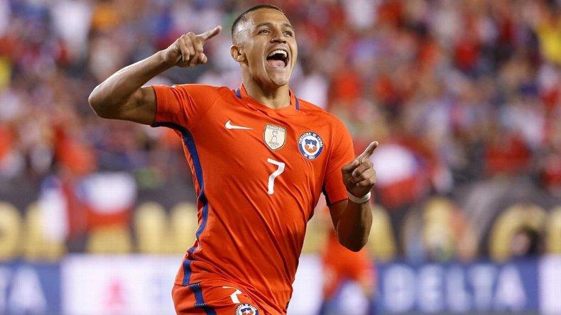 Alexis Sánchez viene de marcarle dos goles a Panamá.