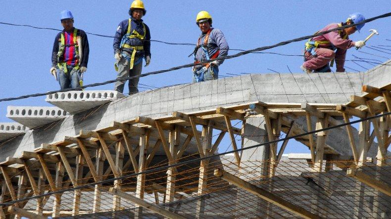 Los trabajadores de la construcción son los más afectados por la recesión.