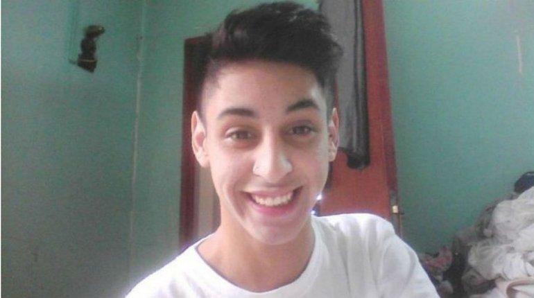 Emotiva carta de un profesor a su alumno asesinado: Te queda un 10, Agustín