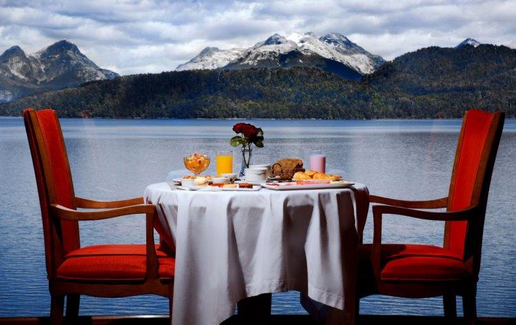 Desde el hotel se pueden disfrutar las vistas más deslumbrantes de la Patagonia.