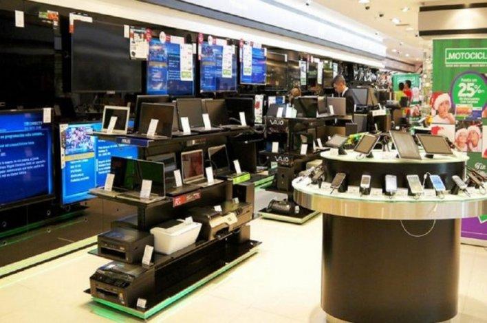 La confianza del consumidor se derrumbó un 24,7% este mes