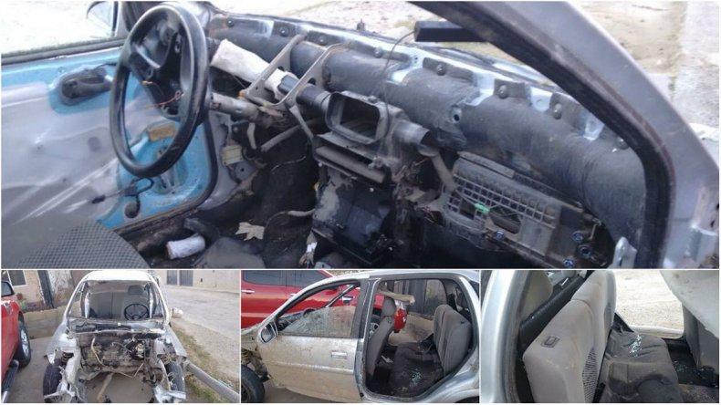 El Chevrolet Corsa quedó totalmente desmontaldo luego de que fuera robado el 25 de mayo en el barrio Mosconi.