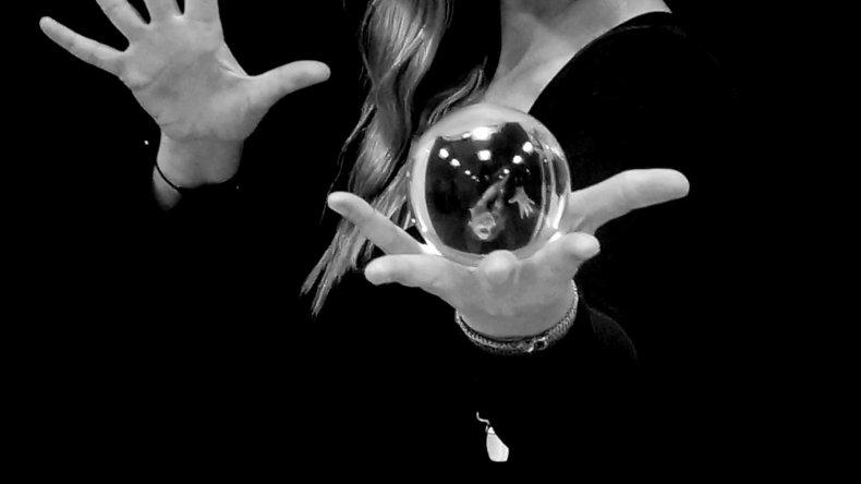 Hechiceros, ilusionistas y fantasmas