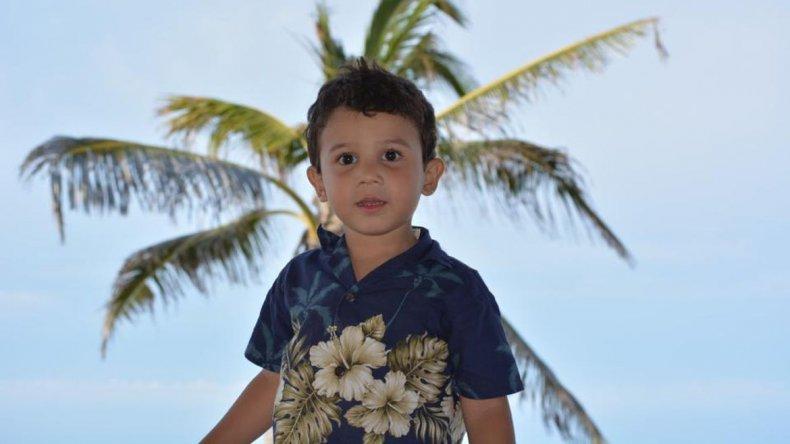 Siguen esperando por el traslado de Miguelito: si no me ayudan me iré como sea con mi hijo al FLENI
