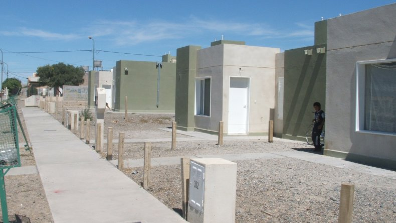 Trelew y Esquel, las ciudades con más  expectativas para una vivienda del IPV