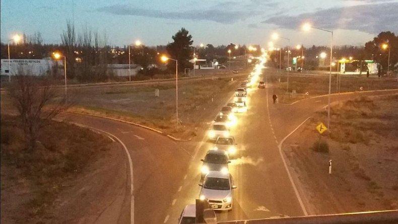 Portuarios cortan las rutas de acceso a Rawson y el Gobierno los denunciará
