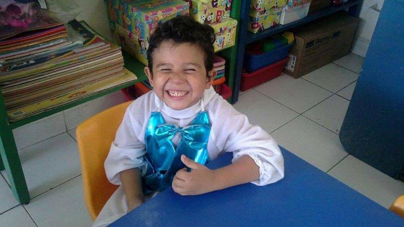 Mañana viaja Miguelito: tiene confirmados avión y ambulancia