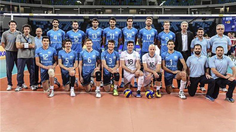 La selección argentina masculina de vóleibol irá esta tarde por su primera victoria en la presente edición de la Liga Mundial.