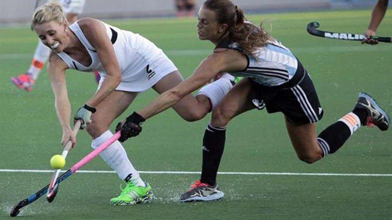 Las chicas argentinas le ganaron a Nueva Zelanda y mañana irán por Holanda.