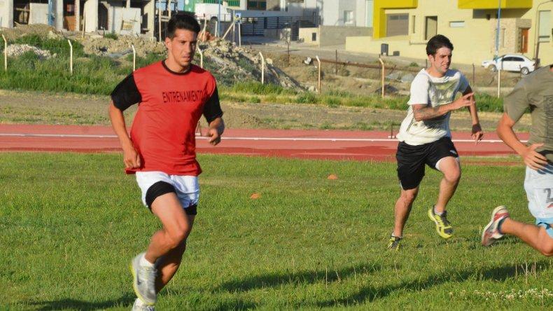 Mauro Villegas lleva cuatro entrenamientos con la camiseta del Lobo.