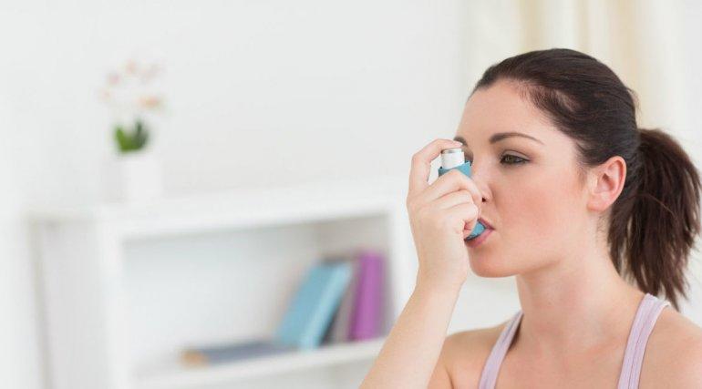 ¿Qué provoca los ataques de asma?