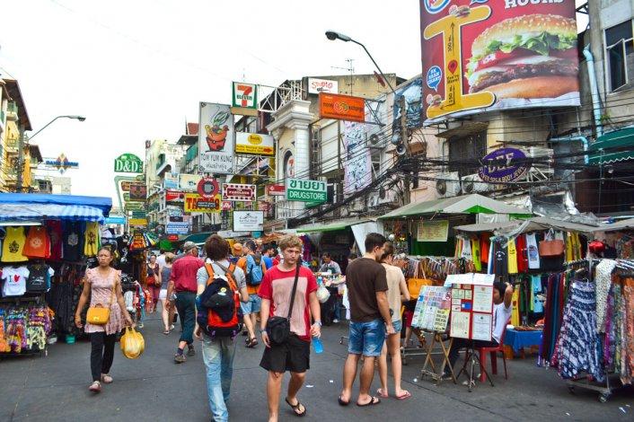 Llena de mercados callejeros