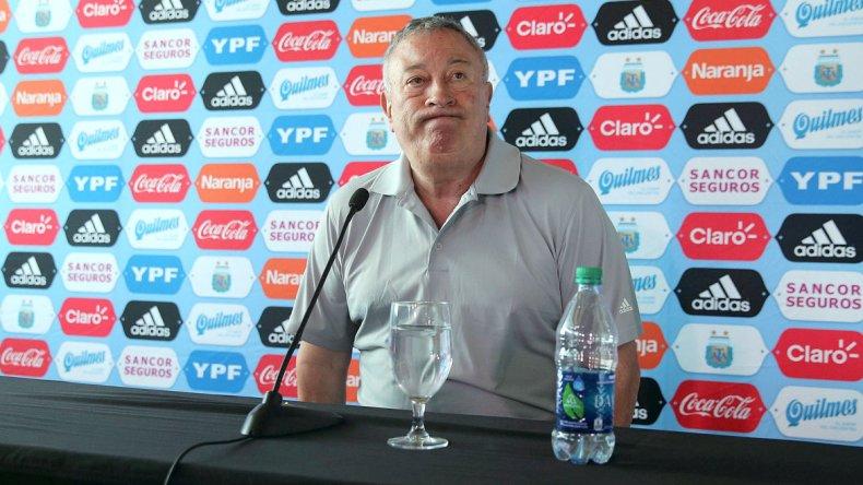 Luis Segura durante la conferencia de prensa que brindó ayer en Estados Unidos.