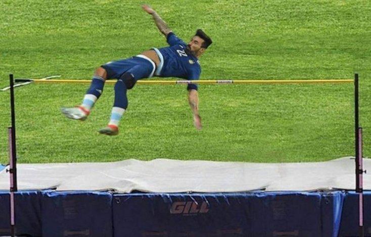 Lavezzi bromea en Twitter sobre la caída que lo dejó sin final de Copa América