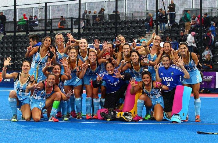 Las chicas argentinas festejan su séptimo Champions Trophy.