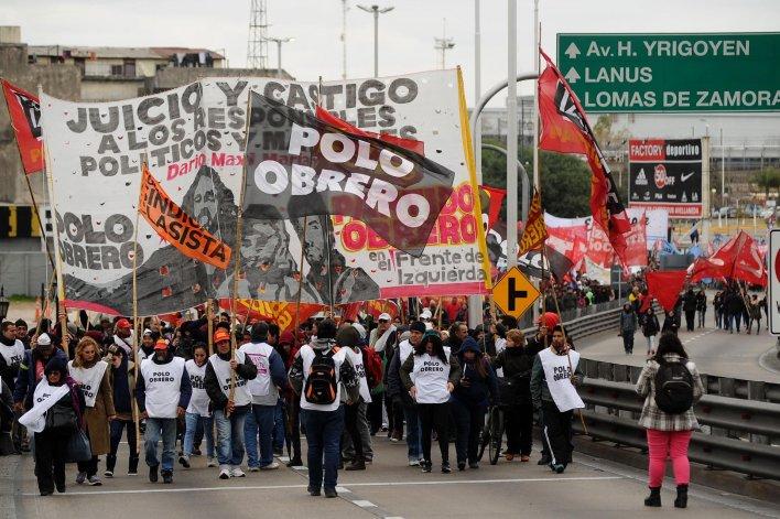 Los manifestantes tomaron el puente Pueyrredón durante alrededor de cuatro horas.