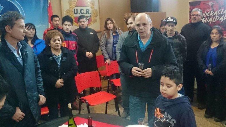 En el Comité Provincia se rindió homenaje a militantes fallecidos. Hubo discursos alusivos y un brindis por el aniversario del partido.