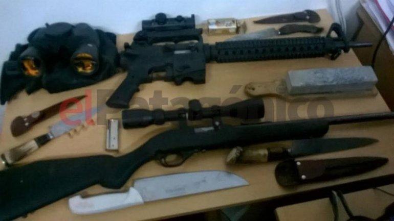 Éstas fueron las armas secuestradas a los cuatro hombres.