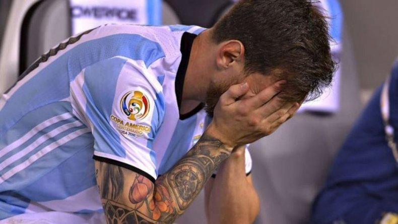 Renunció Messi y estallaron las redes sociales: #NoTeVayasLio