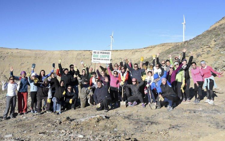 El 20 de junio los runners se abocaron a la limpieza del cerro Vitteau.