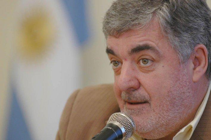 Mario Das Neves recibió ayer el alta médica tras haberse sometido a una operación en Buenos Aires.