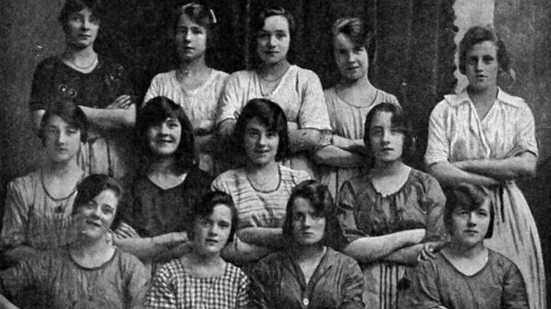 Una foto tomada hace 116 años esconde un detalle escalofriante