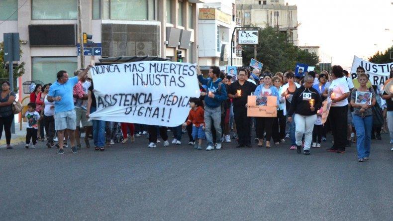 Una de las marchas organizadas por los padres del bebé para exigir justicia.