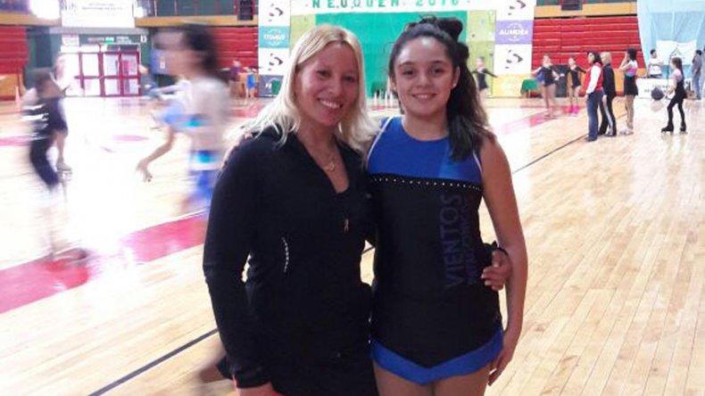 Bianca Soto junto a su técnica María Eugenia Tornatore