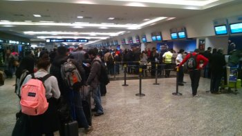 Todos los vuelos están suspendidos en Aeroparque