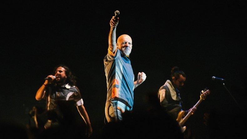 Gustavo Cordera lanza su nuevo disco junto a la Caravana Tecnoanimal.