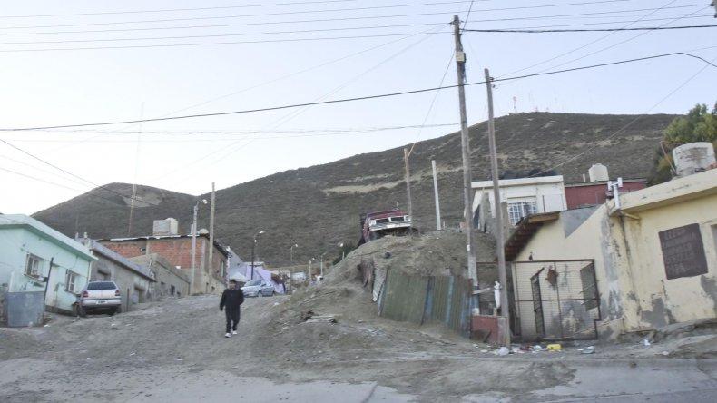 El sector alto del barrio La Floresta donde los vecinos viven con temor por los continuos enfrentamientos entre dos bandos.