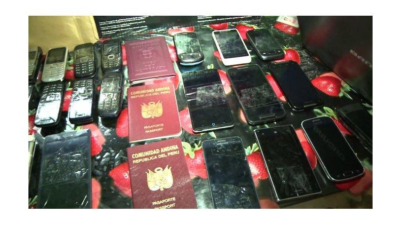 Cae una banda que robaba celulares y secuestran más de mil aparatos