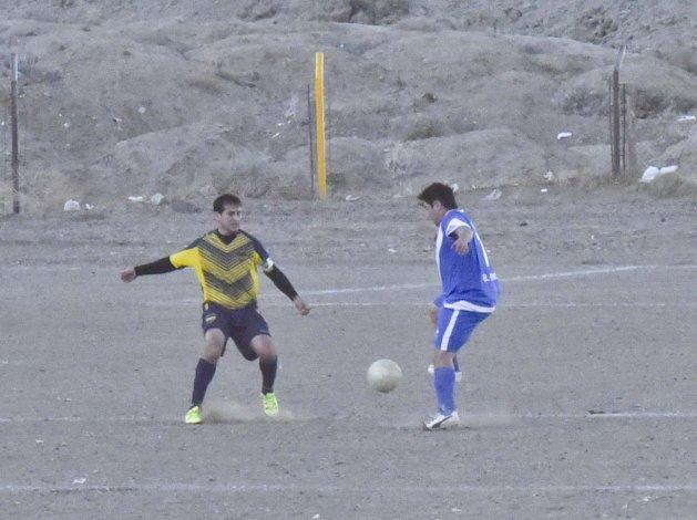 San Martín no pudo con Talleres con quien terminó empatando en un final con mucha polémica.