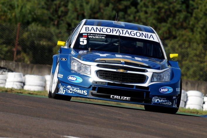 El Chevrolet Cruze de Agustín Canapino que ayer dominó la clasificación del Super TC2000.