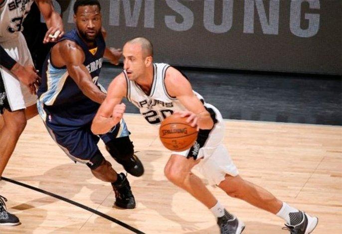 Emanuel Ginóbili confirmó que jugará un año más en la NBA