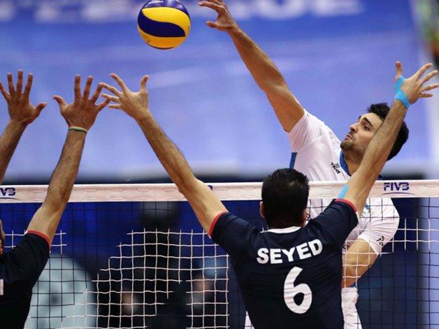 La selección argentina de vóleibol se despidió ayer en Teherán con una derrota frente a Irán.