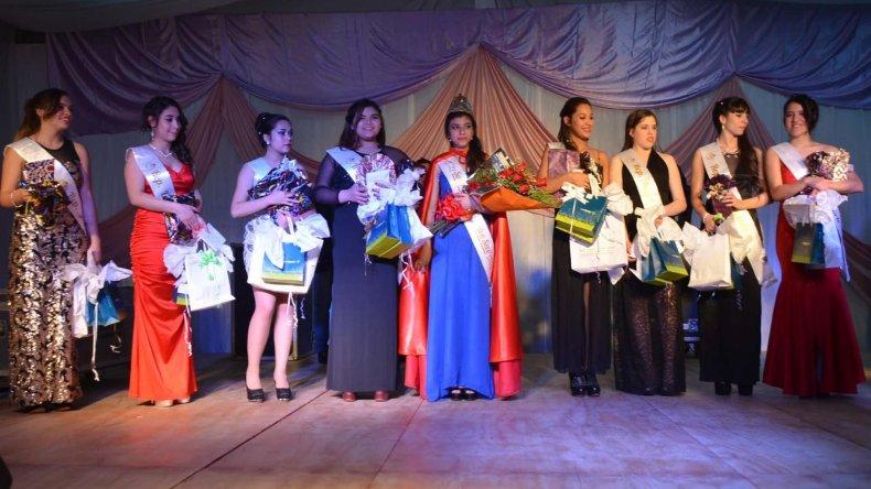 Estas son las nueve jóvenes que representarán distintos ámbitos de la comunidad.