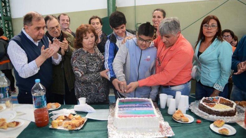 El gimnasio Miguel Gatti del barrio José Fuchs volvió a abrir sus puertas a la comunidad.
