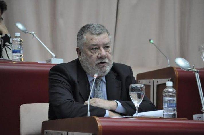 Diputados plantean una denuncia penal contra Macri por la venta de tierras a extranjeros
