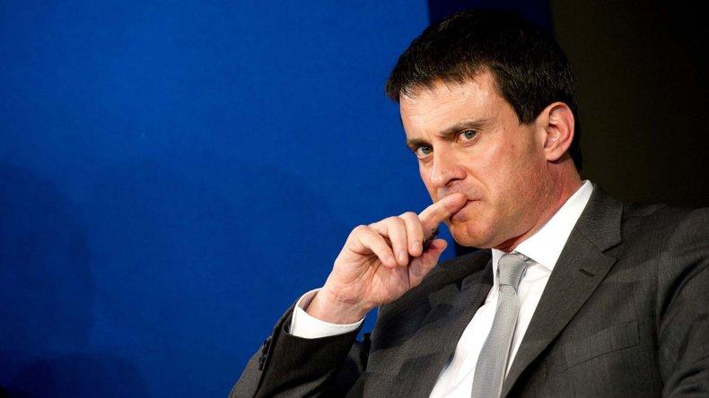 Manuel Vals justificó la decisión del gobierno francés de imponer por decreto la flexibilización laboral.