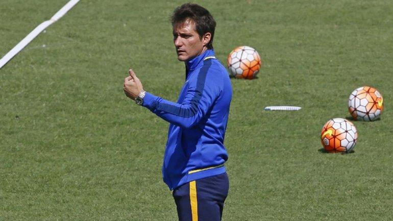 Guillermo Barros Schelotto ya tiene los once para visitar mañana a Independiente del Valle.